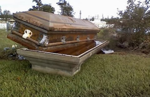 Floated coffin